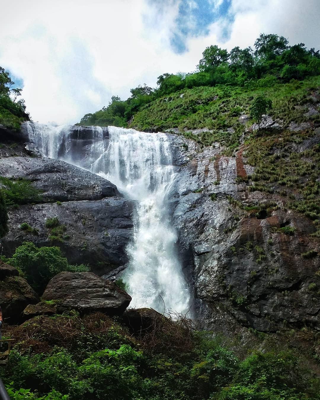 Thushragri Falls