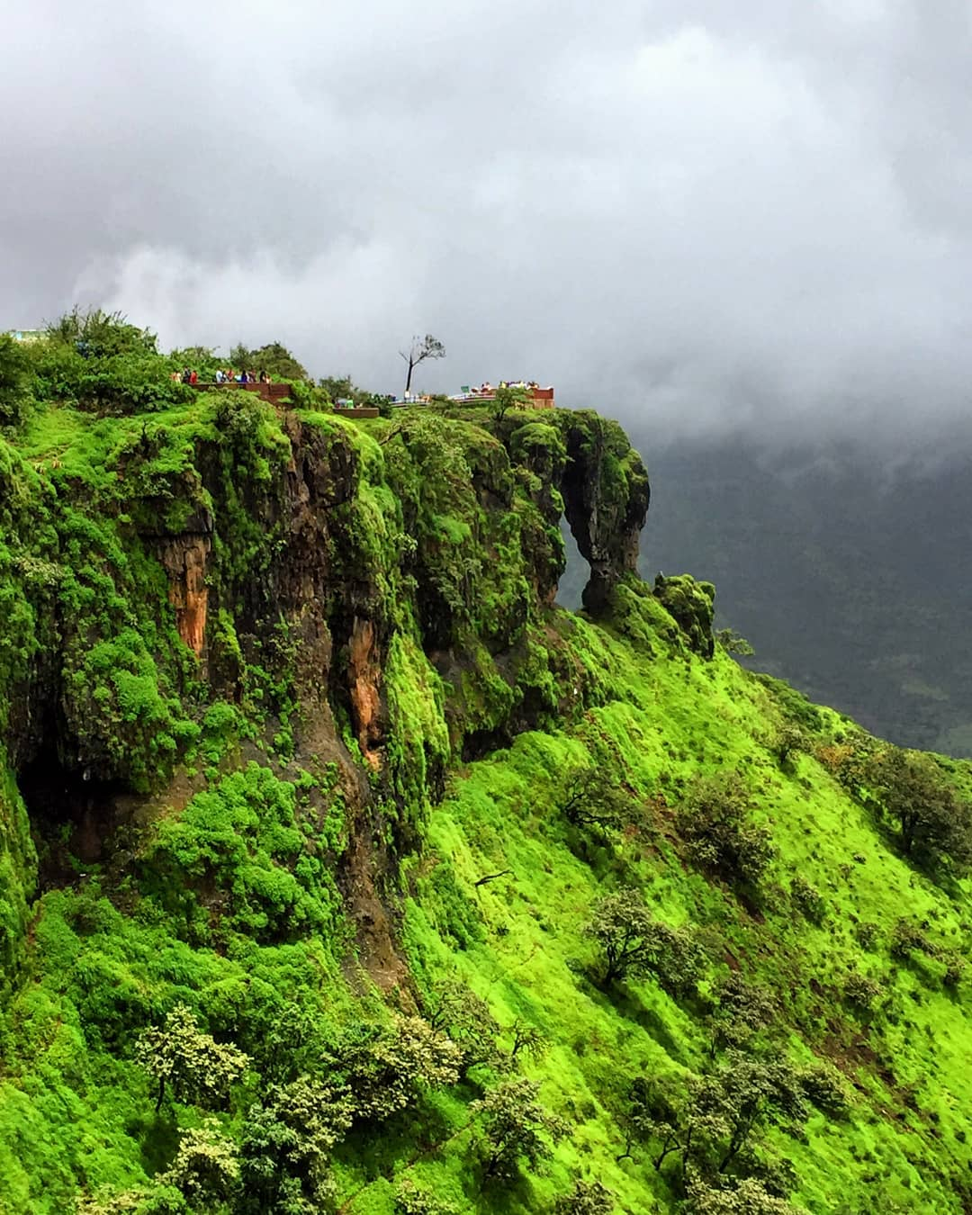 hill stations in Maharashtra