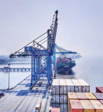 biggest port in India