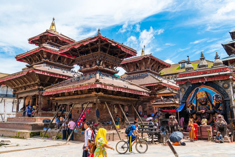 nepal tourist volume