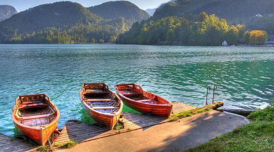 Go Boating on Venna Lake