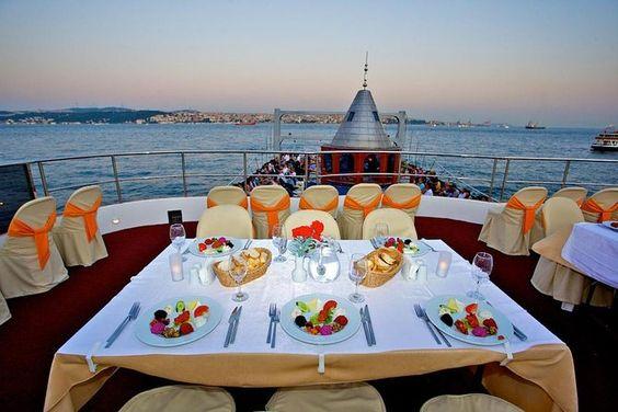 Go For Bosphorus Dinner Cruise