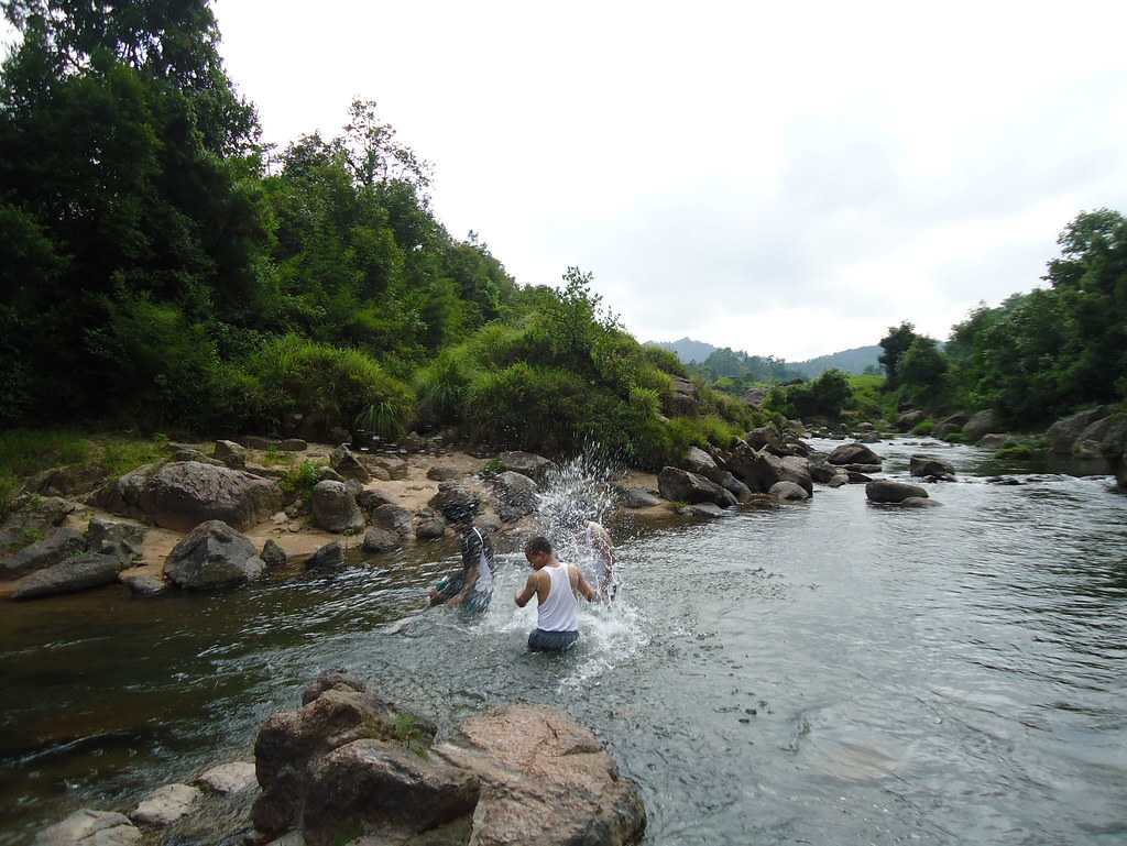 Jakrem Falls