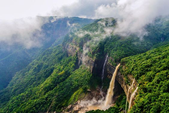 the best time to visit Meghalaya
