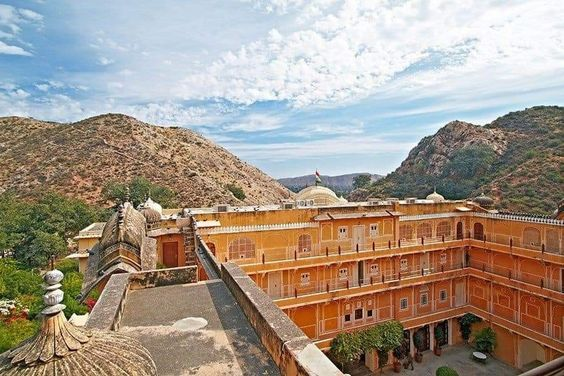 weaher and the best time to visit jaipur